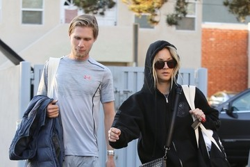 Karl Cook Kaley Cuoco & Karl Cook Hit A Pilates Class Together