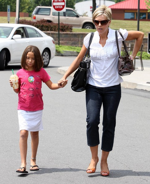 Kate+Gosselin in Kate Gosselin And Daughter Cara Out And About In Pennsylvania