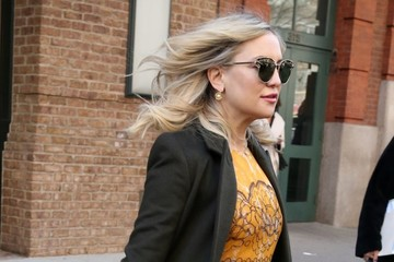 Kate Hudson Kate Hudson Is Seen Out and About in NYC