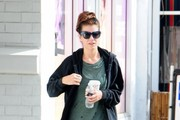 Kate Walsh Gets Her Workout In