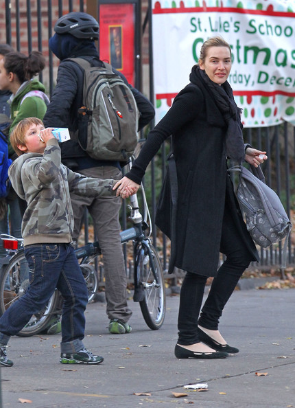 Kate Winslet Actress Kate Winslet has trouble hailing a cab after picking up her son Joe from school in the West VIllage.