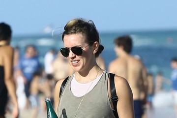 Katie Cassidy Katie Cassidy And Her Boyfriend Taylor Thomas at the Beach in Miami