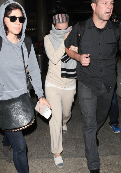 Katy Perry - Katy Perry Arrives in LA