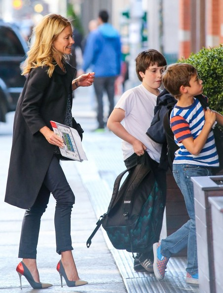 Kelly Ripa Walks Home With Her Kids