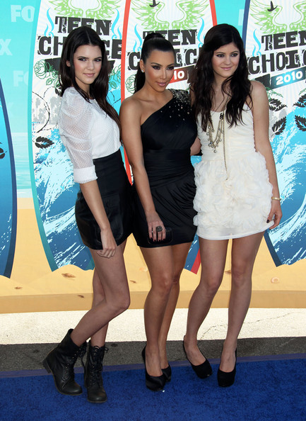 Kendall Jenner Celebrities arrive at the 2010 Teen Choice Awards at the Gibson Amphitheatre in Universal City, CA.