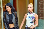 Kendall & Kylie Jenner Step Out In NYC With Hailey Baldwin