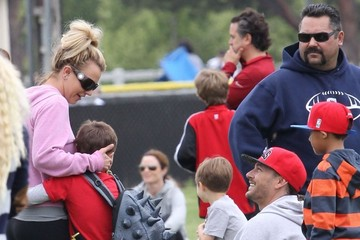 Kevin Federline Britney Spears and Kevin Federline Watch Their Boys