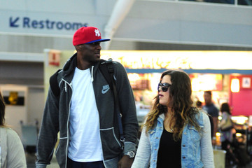 KHLOE KARDASHIAN Installs Sex Swing In Bedroom And She And LAMAR ODOM Break ...