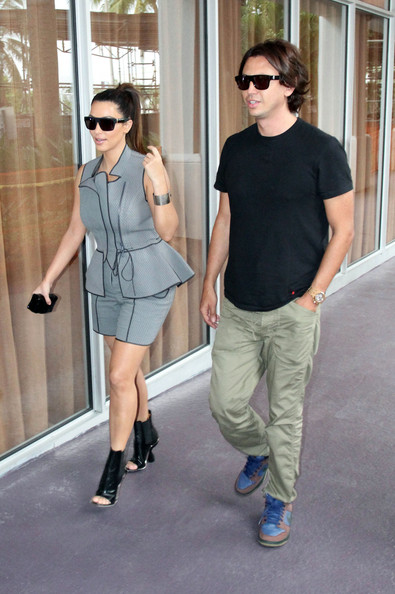 'Keeping Up With The Kardashians' star Kim Kardashian does some shopping with Jonathan Cheban in Miami, FL on September 24th, 2012.