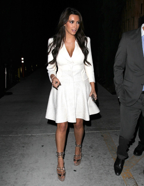 Kim Kardashian - Kim Kardashian Dines Out At Nobu