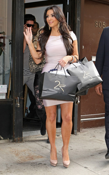 Kim Kardashian Kim Kardashian out shopping at 25 Park in the meat packing district of New York City, NY.