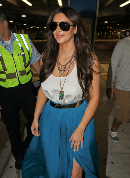 Kim Kardashian - Kim Kardashian Touches Down In Miami