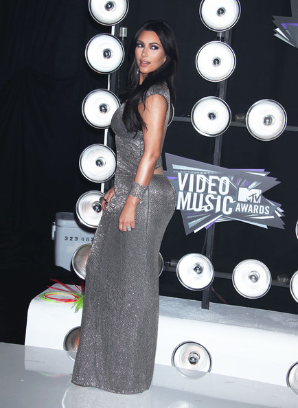 Kim Kardashian Celebrities arrive at the 28th Annual MTV Video Music Awards at the Nokia Theatre L.A. Live in Los Angeles.