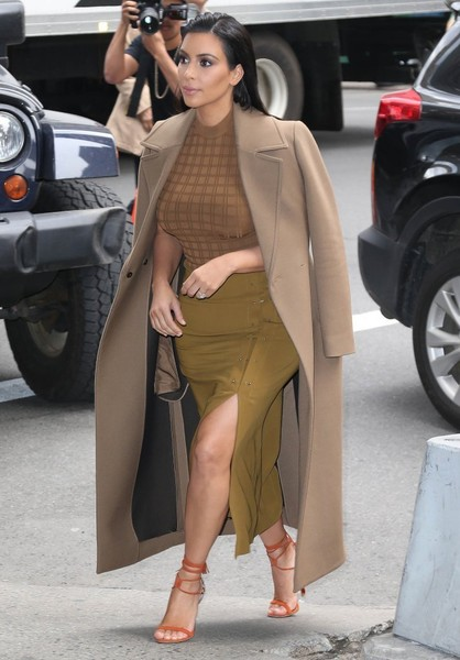 19ee15563a1111 Kim Kardashian Out and About in NYC - Zimbio