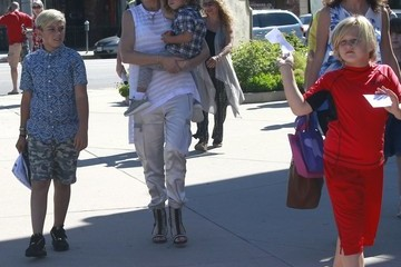 Kingston Rossdale Gwen Stefani Leaves Church and Goes Shopping for BBQ Supplies