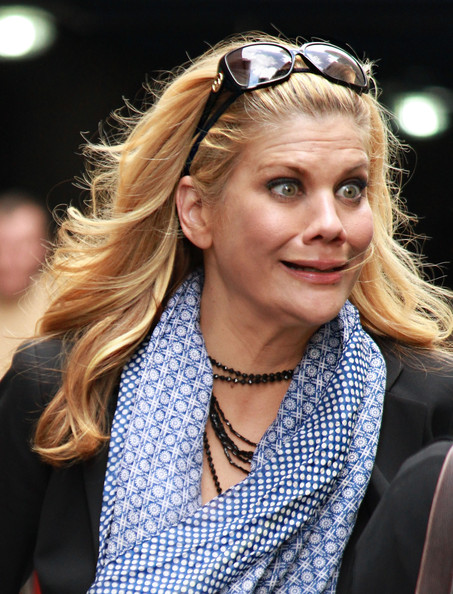 Kristen Johnston Pictu...