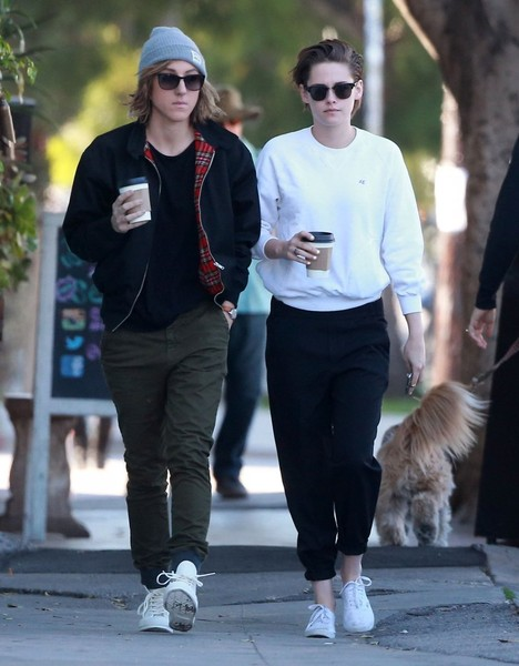 Kristen Stewart and Alicia Cargile Get Coffee