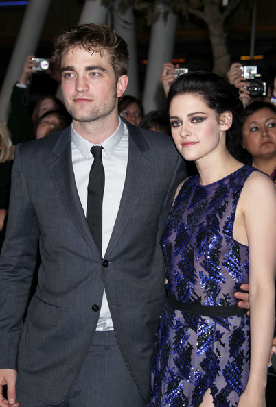 Kristen Stewart and Robert Pattinson - Stars at the 'Breaking Dawn' Premiere