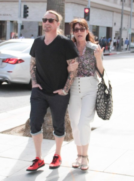 Kurt Sutter Photos Photos - Katey Segal Out and About in ...