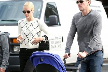 Kyle Newman Jaime King and Her Family Go for a Stroll