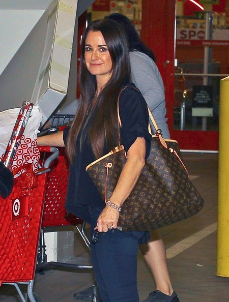 Superbe Kyle Richards Shops At Target