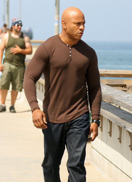 Ll cool j the cast and crew of ncis los angeles filmed scenes at the