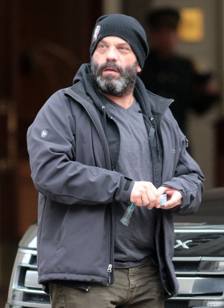 Time Out Trailers >> Lee Arenberg Photos - Lee Arenberg Out in Vancouver - 6 of 29 - Zimbio