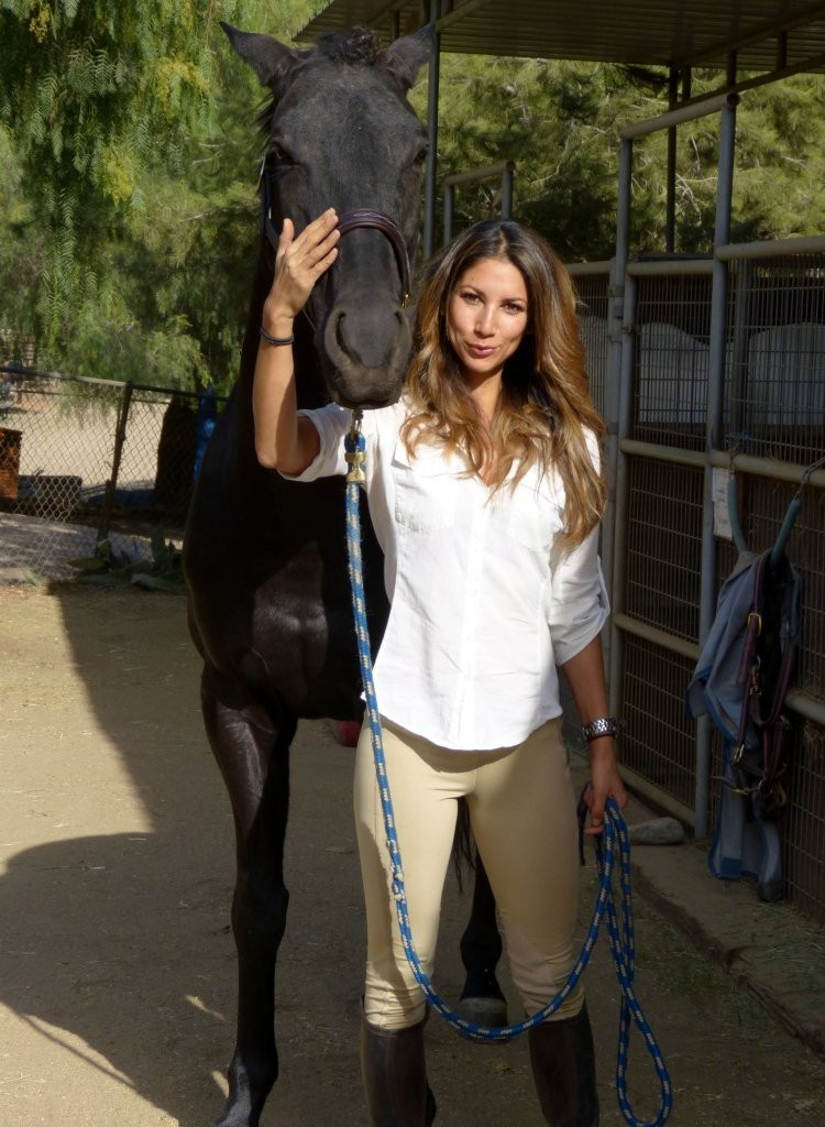 Leilani Dowding Photos Photos Leilani Dowding Riding Her