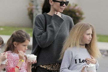 Leni Samuel Seal and Erica Packer Take Their Kids Out for Froyo