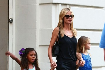 Leni Samuel Heidi Klum Steps Out With Her Girls