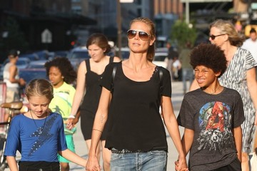 Leni Samuel Heidi Klum Out in NYC With Her Children