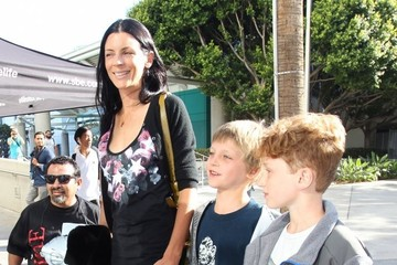 Liberty Ross Celebrities Go To LA Kings Game