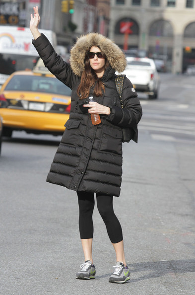 Liv Tyler Actress Liv Tyler hails a cab while out in New York City.