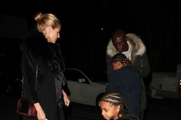Lou Samuel Heidi Klum & Seal Take Their Kids Out for Christmas Eve Dinner