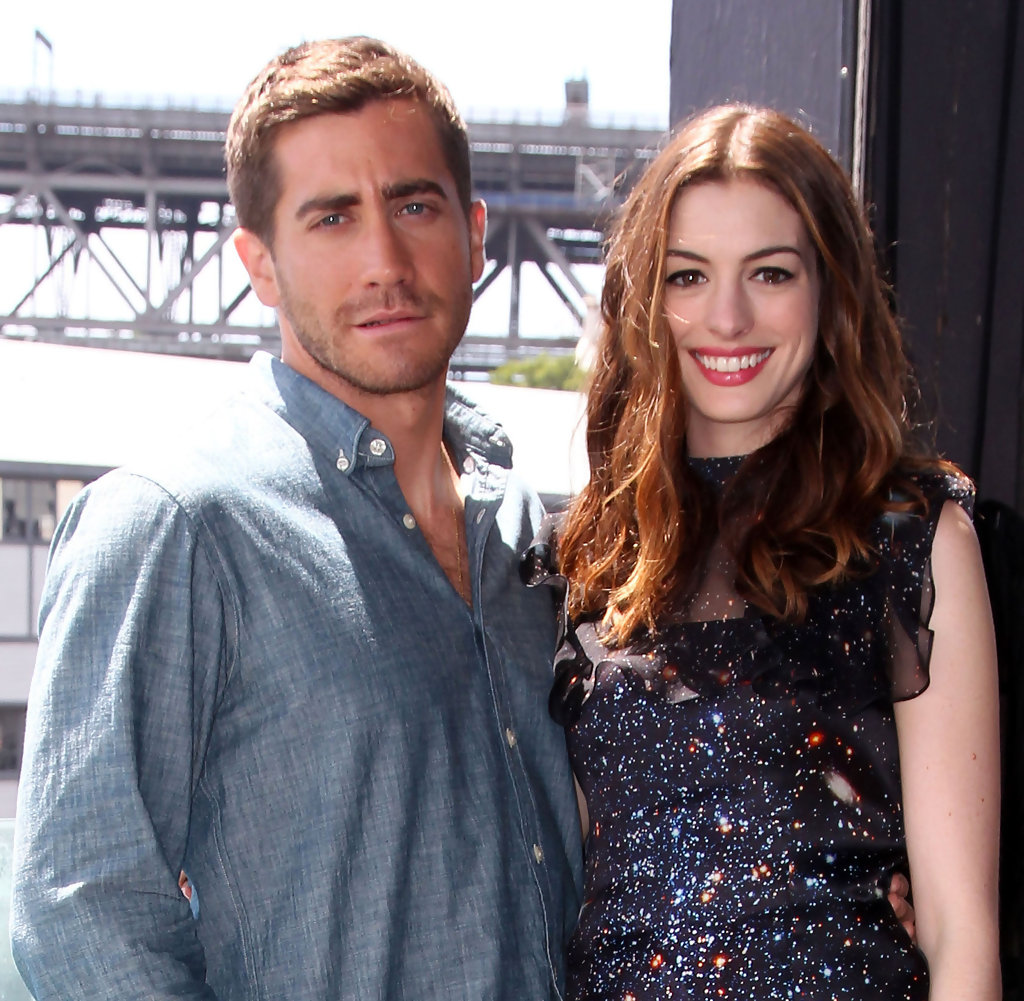 Anne Hathaway Brothers: Anne Hathaway And Jake Gyllenhaal Photos Photos