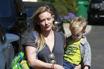 Luca Comrie Hilary Duff Takes Luca to a Baby Class