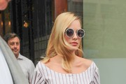 Margot Robbie Gets Into a Car While in NYC