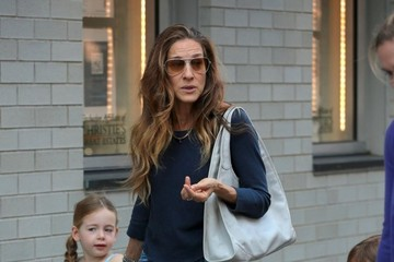 Marion Broderick Sarah Jessica Parker Out with Her Girls — Part 2