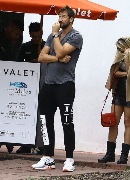 Marko Jaric Goes Out for Lunch in Miami []