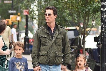 Matthew McConaughey Levi Mcconaughey Matthew McConaughey Takes His Children Out In NYC