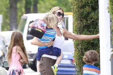 Max Sheen Denise Richards Takes the Kids to School