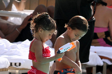 Maximilian Muniz Jennifer Lopez Relaxes At The Pool With Her Kids And Casper