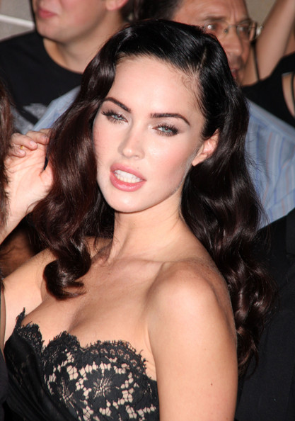 megan fox jennifer. Megan Fox Megan Fox (kissing