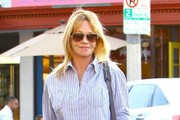 Melanie Griffith Stops by a Nail Salon