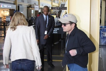 Michael J. Fox Michael J. Fox Beefs Up His Security After Fan Altercation