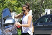 Minka Kelly Goes to the Gym