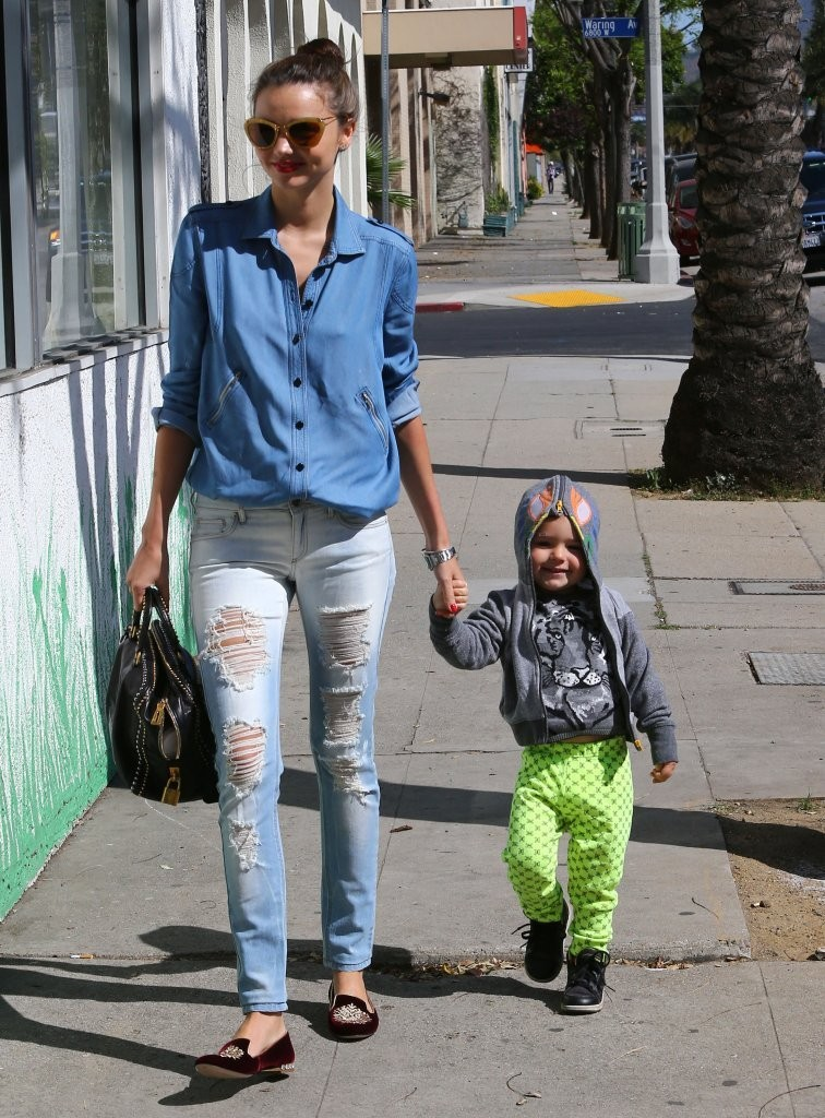Miranda Kerr - Miranda Kerr Out With Her Son