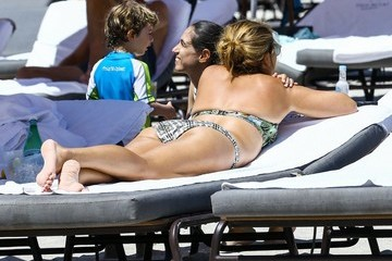 Mirka Federer Roger Federer & Mirka Federer Enjoy a Day on the Beach