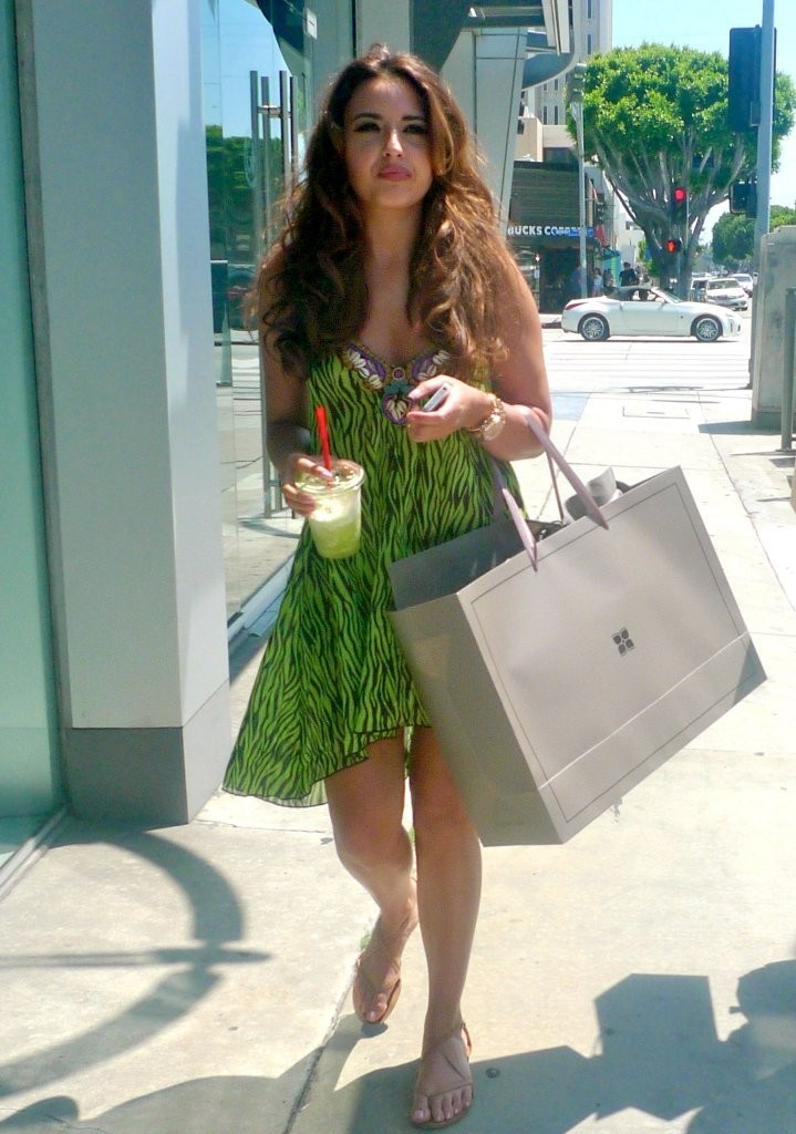 Nadia Forde Photos Nadia Forde Out Shopping In La 34