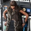 https://www1.pictures.zimbio.com/fp/Naomi+Campbell+Wearing+Fur+90+Degree+Weather+Fl3yLe5Tx_zc.jpg